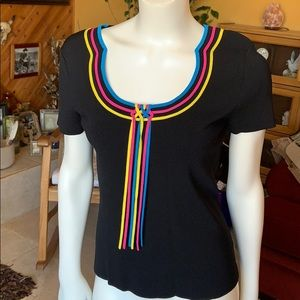 Cable and gauge size medium short sleeve top!